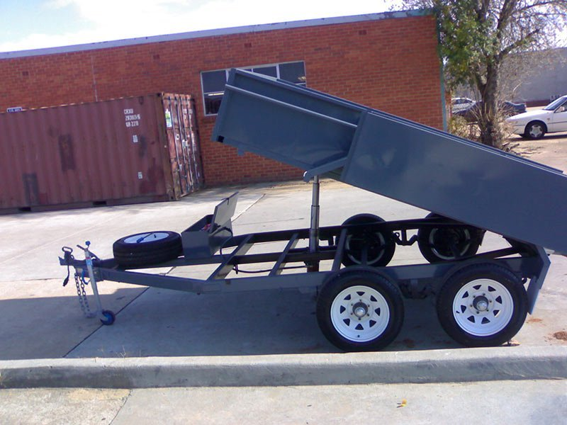 better trailers trailer tray lifted up
