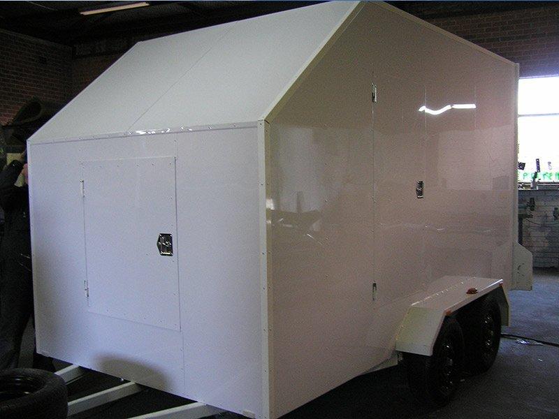 better trailers white trailer truck