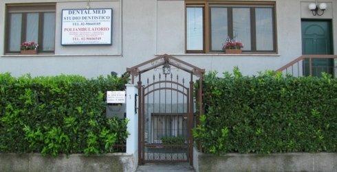 Centro Medico Polispecialistico Dental Med