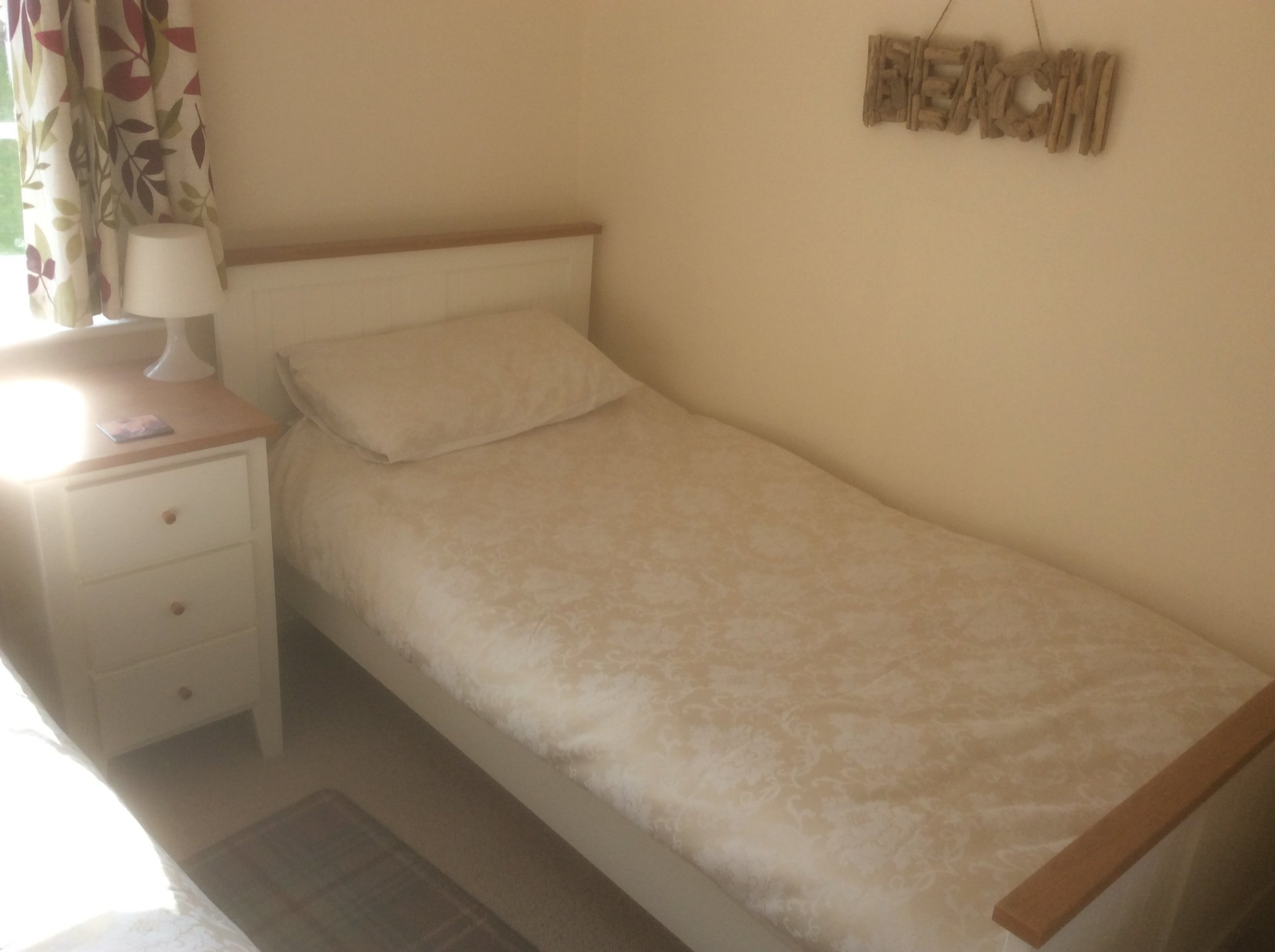 image of the bedroom