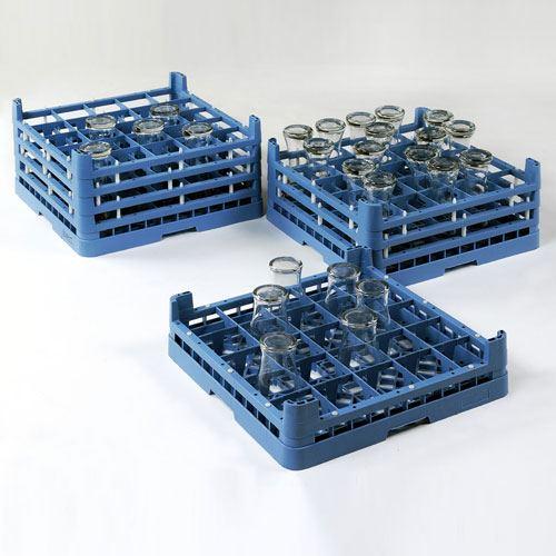 bicchieri sui cassetti da lavastoviglie