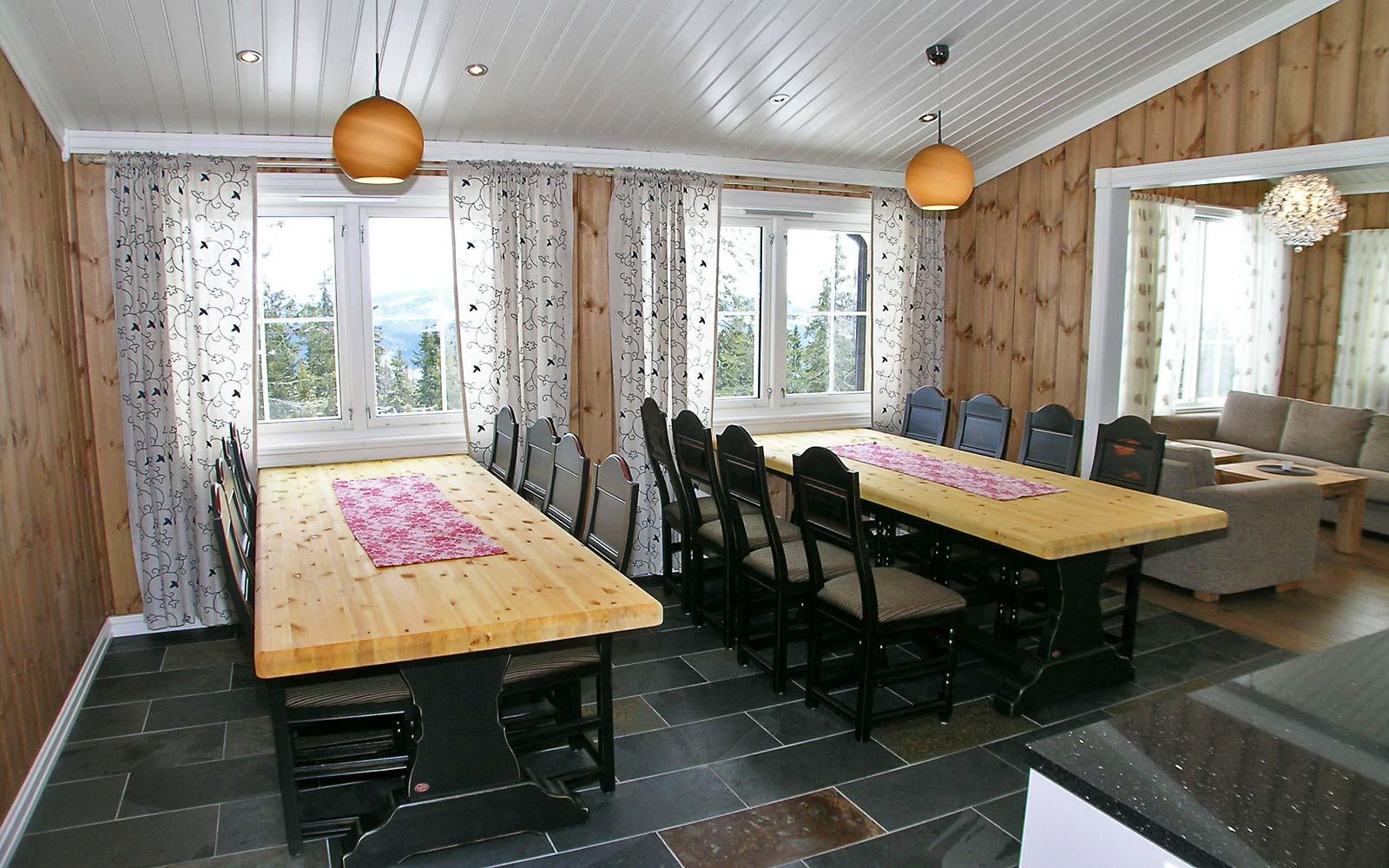 Spisestue Håvi-1 - Sjumilskogen booking Trysil