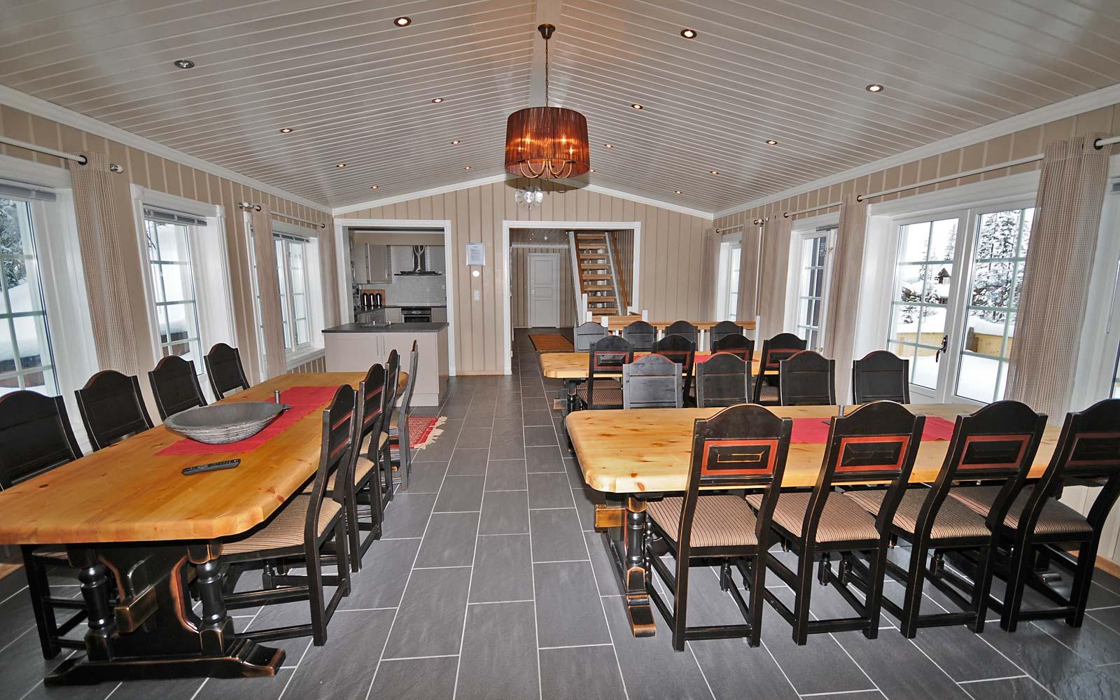 Spisestue i hytte 830 - Sjumilskogen booking Trysil