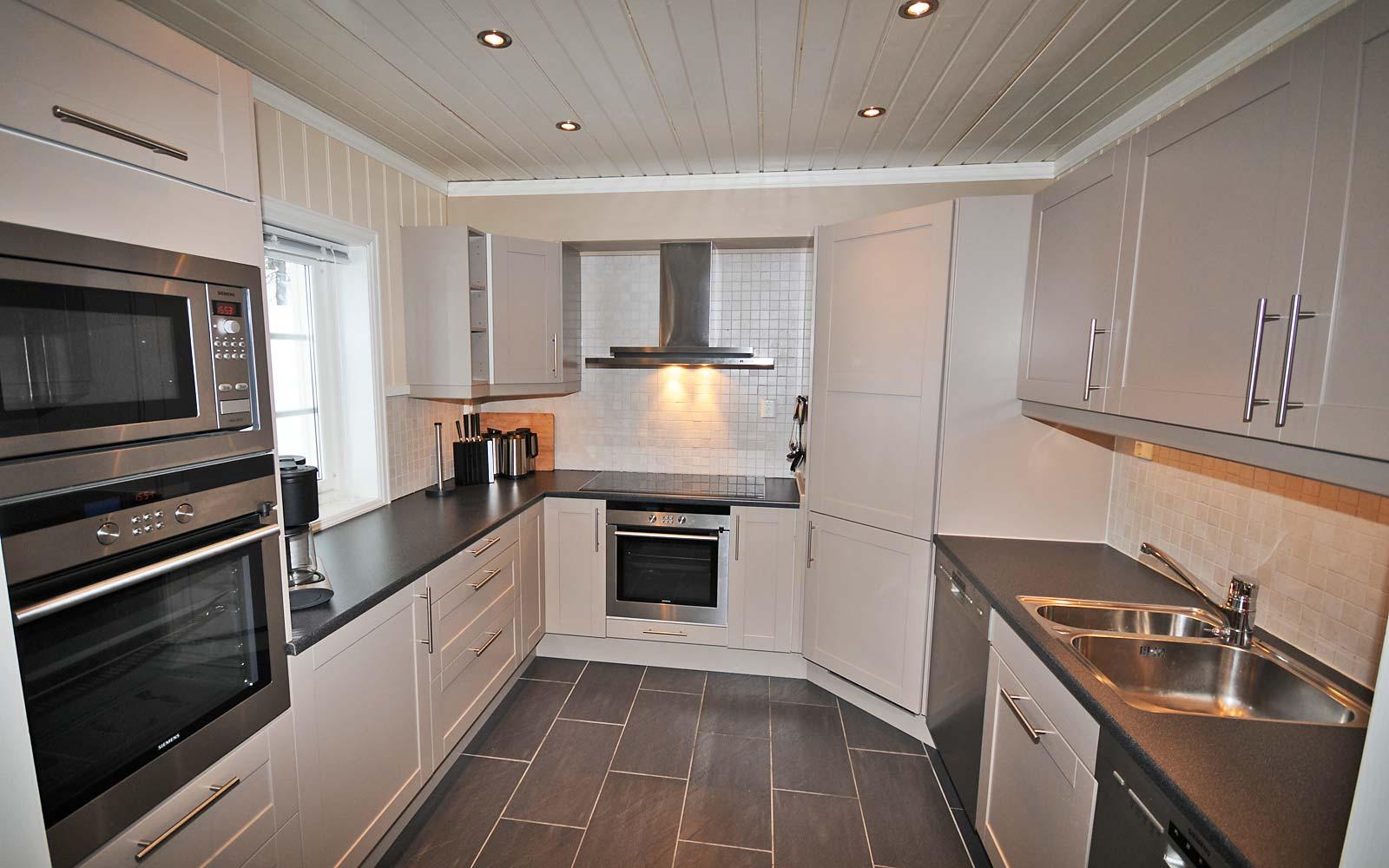 Kjøkken i hytte 830 - Sjumilskogen booking Trysil