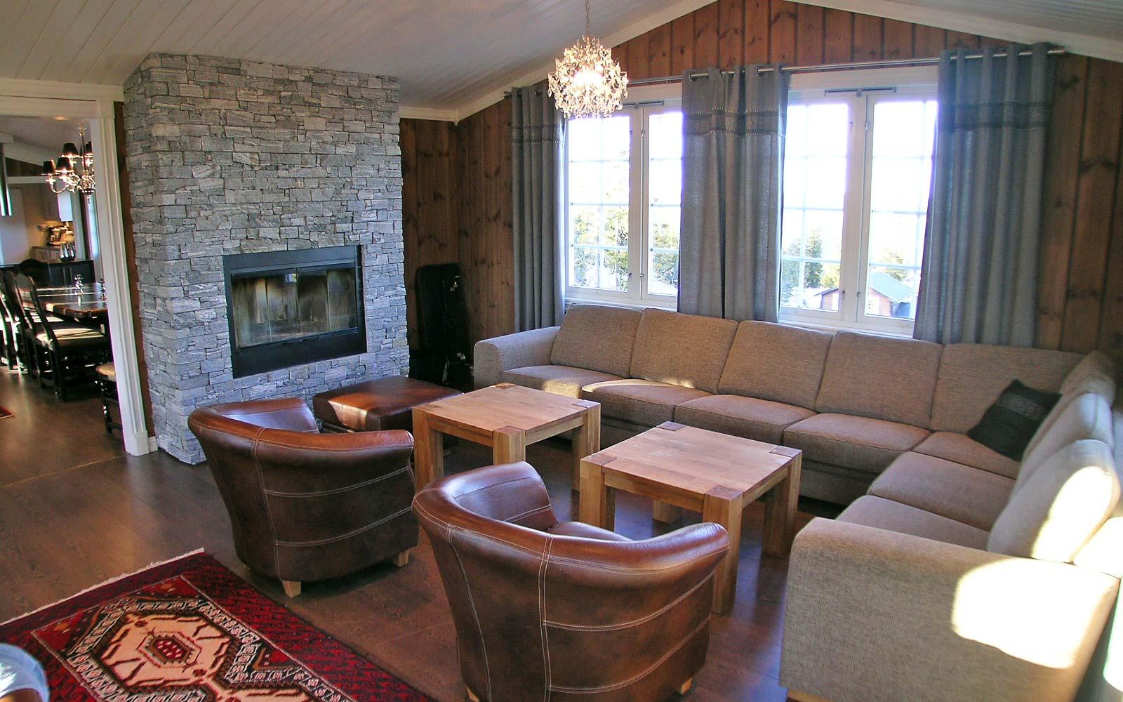 Stue 4 Stanarhaugen stor hytte i Sjumilskogen booking Trysil
