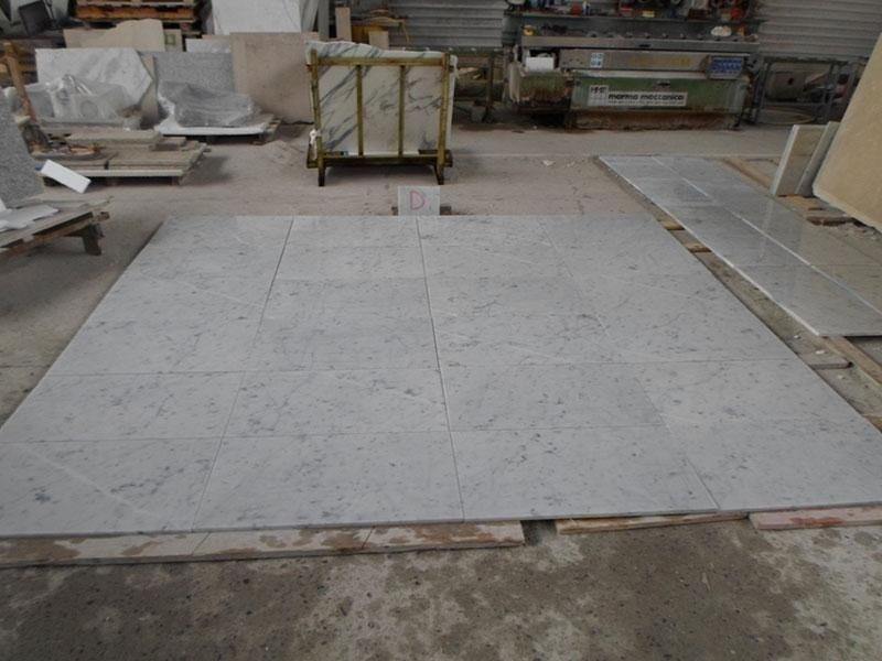 pavimento bianco Carrara