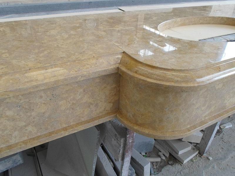 dettaglio lavandini in giallo provencia