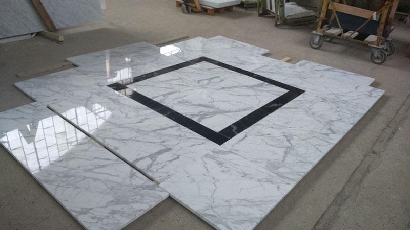 Pavimento bianco e nero marmo bianco e nero rombo for Progettazione del layout del pavimento