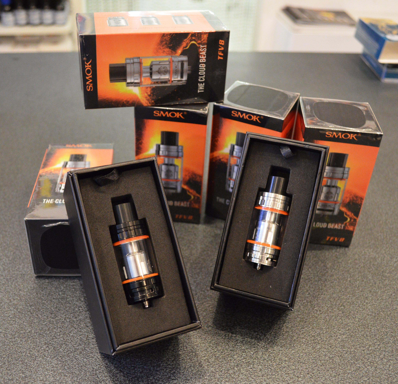 Sigarette elettroniche ed accessori presso Smoking Aces a Gaggiolo di Cantello (VA)
