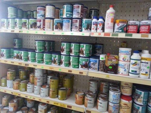 Sia vernice, pittura, olio...... qui lo abbiamo per Lei
