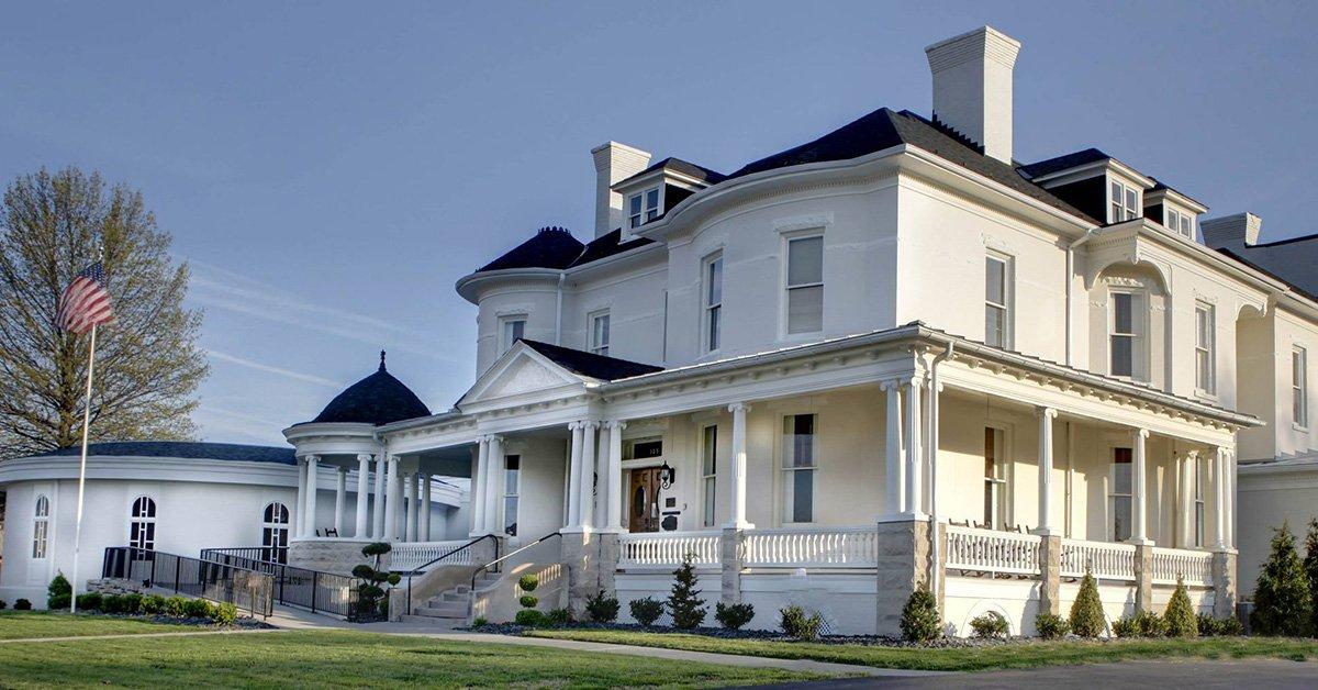 John M  Oakey & Son Funeral Home & Crematory   Salem, VA