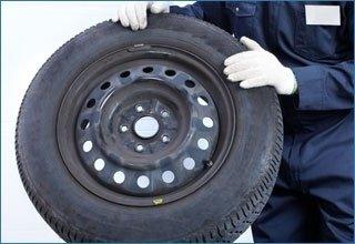 gommista, sostituzione pneumatici, cerchi in lega