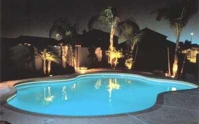 Illuminazione piscina azzurro