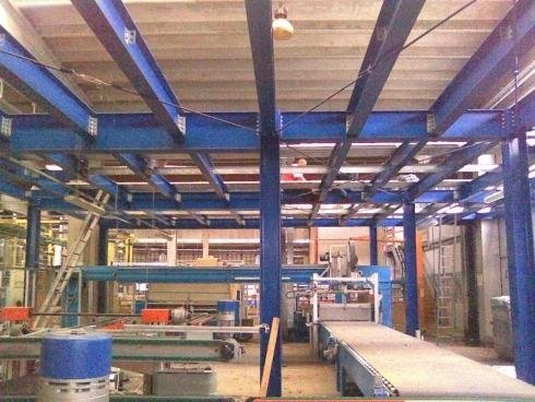 Montaggio e smontaggio di strutture metalliche per carpenterie
