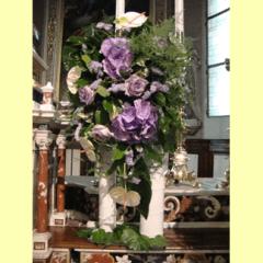 composizione floreale viola