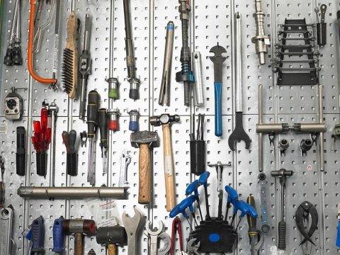negozio ferramenta provincia brescia