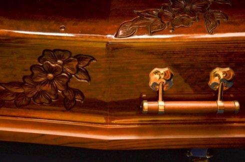 tombe decorate, monumenti funebri, pratiche cimiteriali