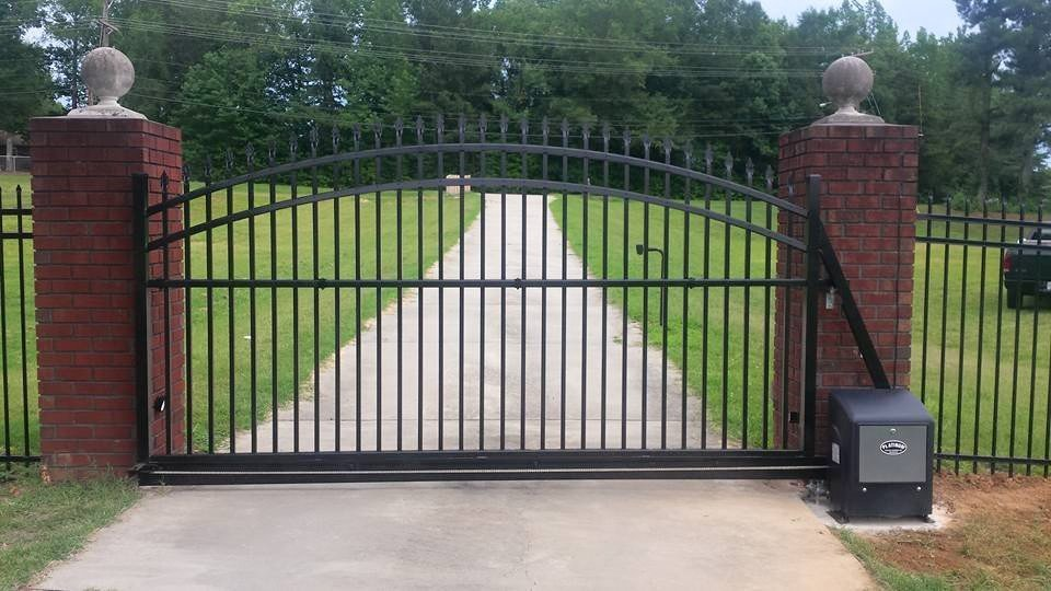 Fencing Contractor Mooresville, NC