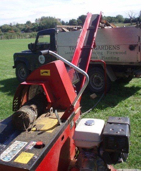 Processing Firewood - Oxford - Trees & Gardens Ltd