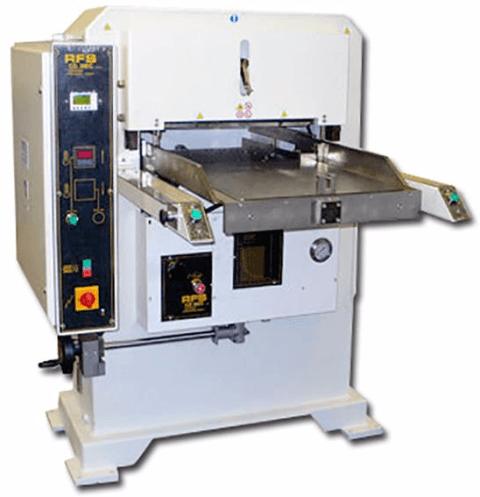 machine de découpe sur mesure