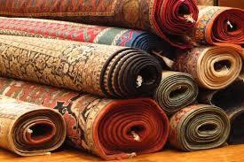 tappeti pronti per essere lavati