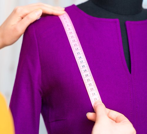misurazione spalle manichino