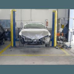 riparazione carrozzeria danneggiata