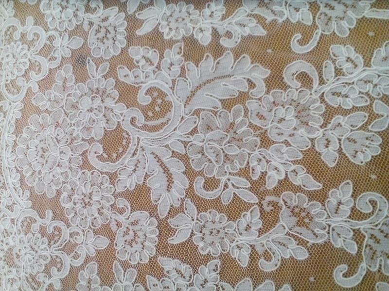 tessuti per vestiti da sposa