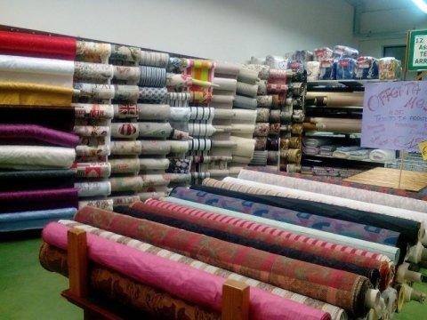 Vendita tessuti mantova casa dello scampolo for Tessuti per arredamento vendita on line
