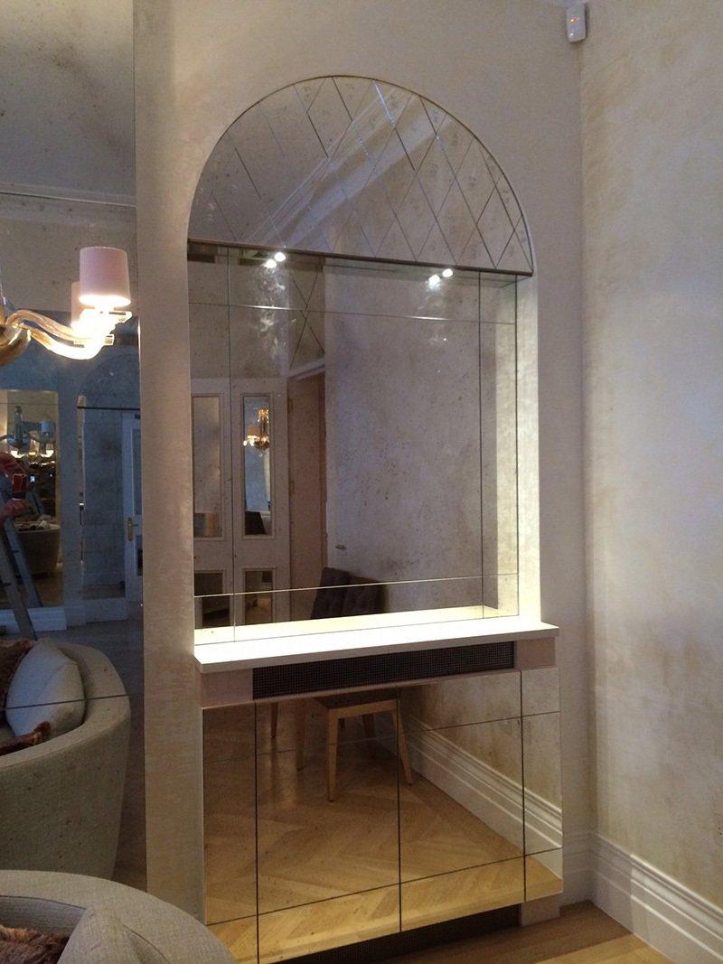 glass room divide