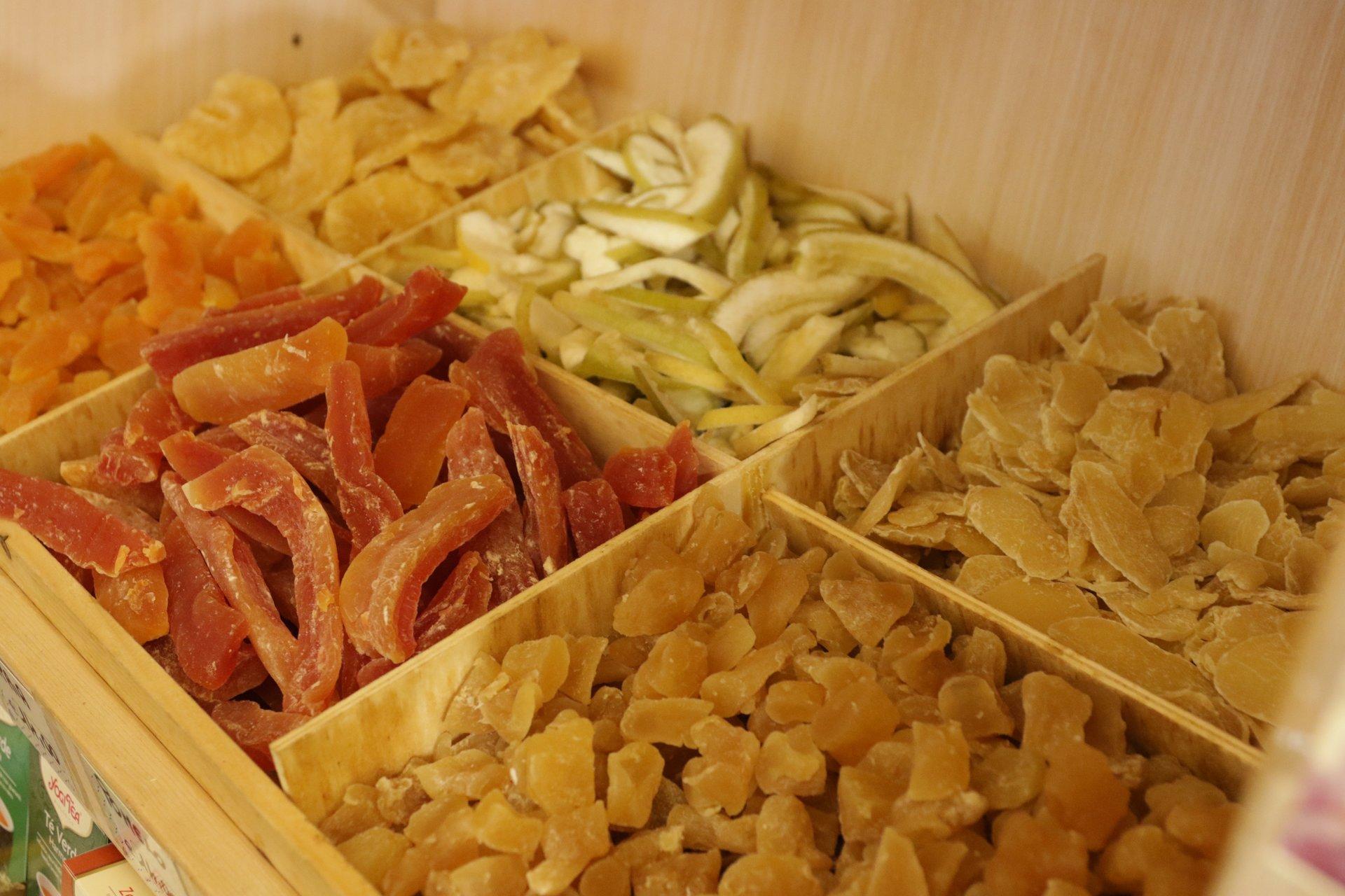 Frutta disidratata a peso