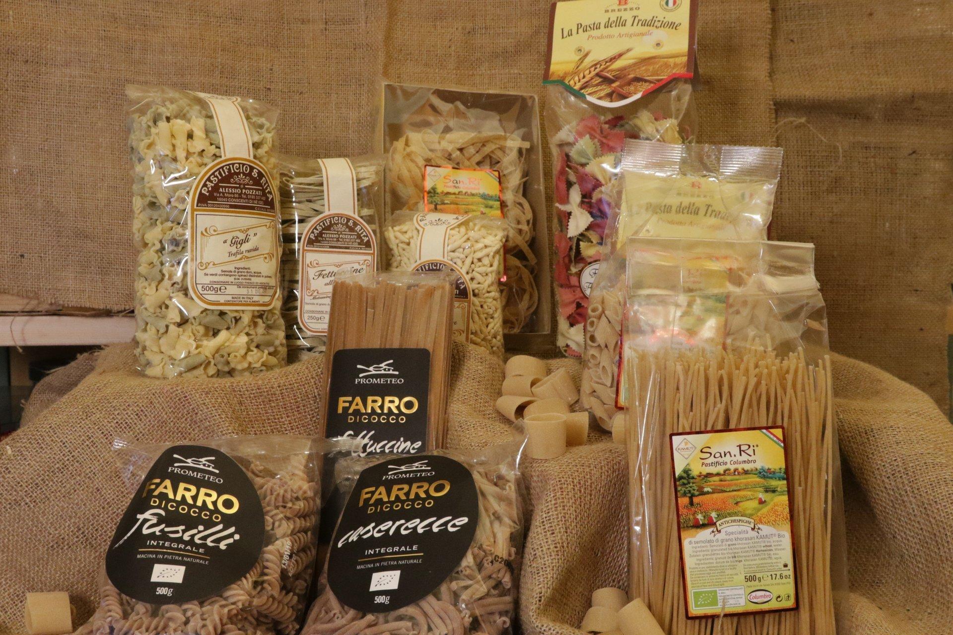 diverse tipi di pasta