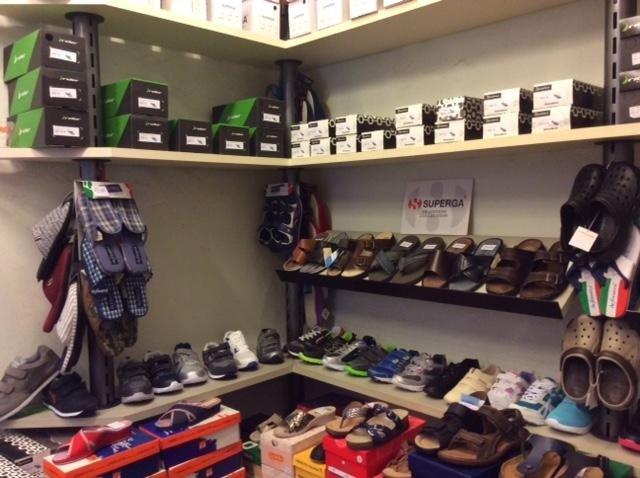 Vasto assortimento calzature delle migliori marche