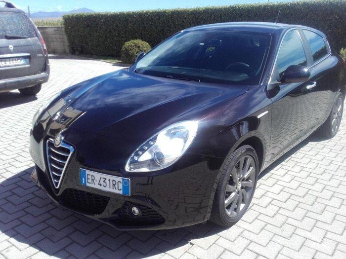 Alfa Romeo Giulietta 1.6 JTDm Distinctive nera