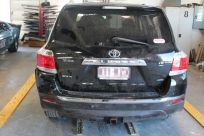 toyota-kluger-before-repairs