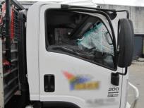 white-npr-truck-before-auto-repairs