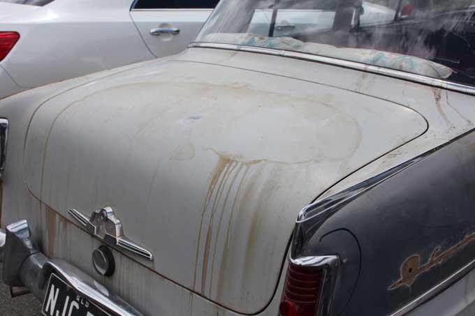 1-vintage-holden-before-repairs