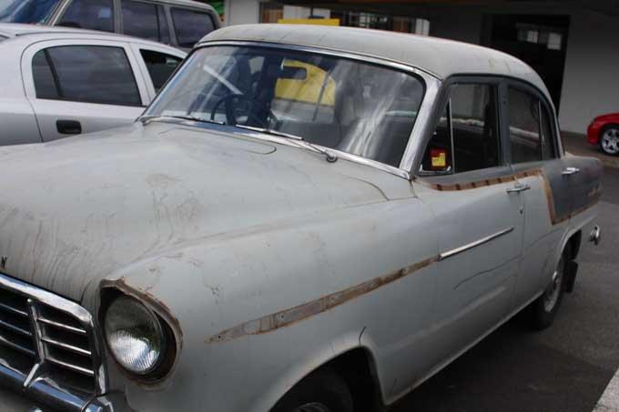 vintage-holden-during-auto-work
