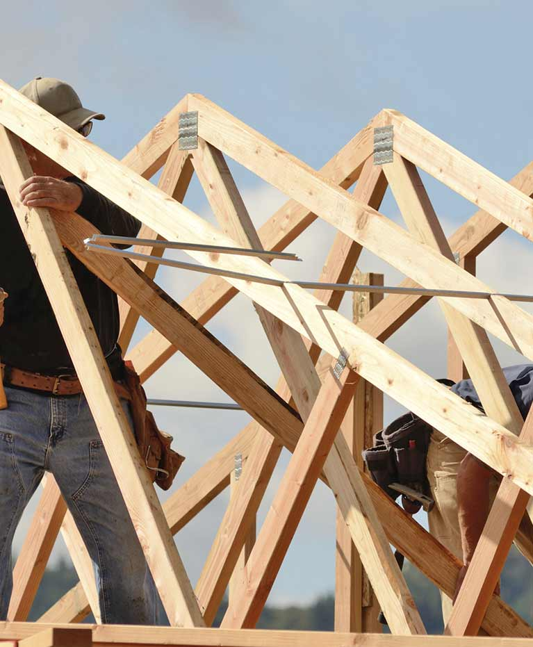 Roof truss manufacturers serving newcastle and sydney for Roof trusses installation