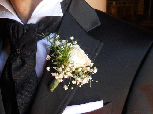 fiori nel costume di matrimonio
