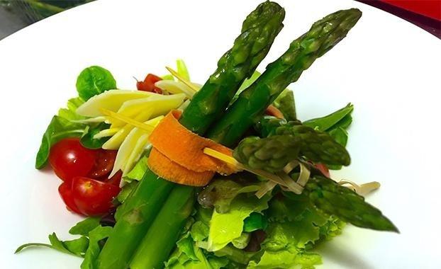 Asparagi e verdure