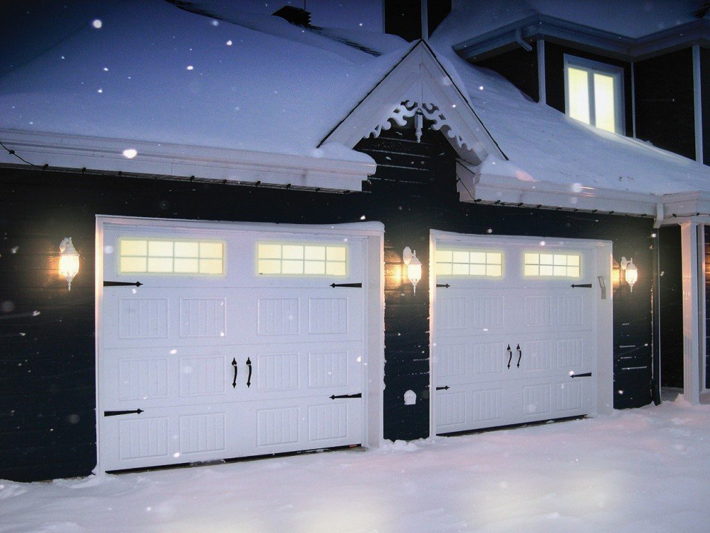 Frozen Garage Door Try These Steps To Unstick It