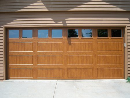 Residential Garage Doors, Milwaukee, Waukesha, Jefferson, West Bend, WI