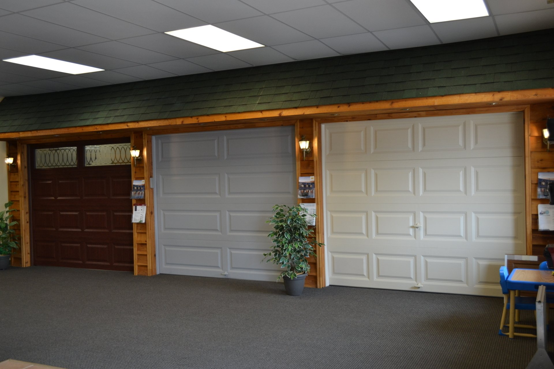 Milwaukee Garage Doors Milwaukee Garage Door Repair