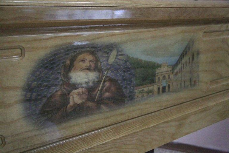 cassa con san Francesco di Paola