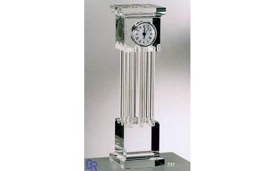 orologio gigante in plexiglass