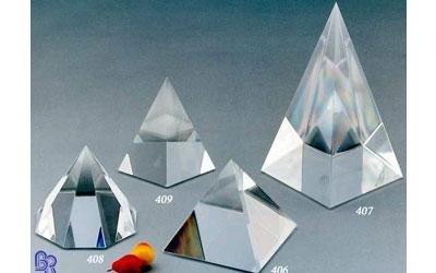 piramidi in plexiglass