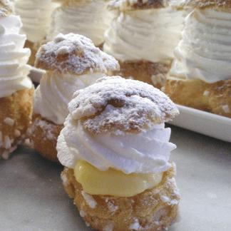 cavolini piccoli con panna e crema pasticcera