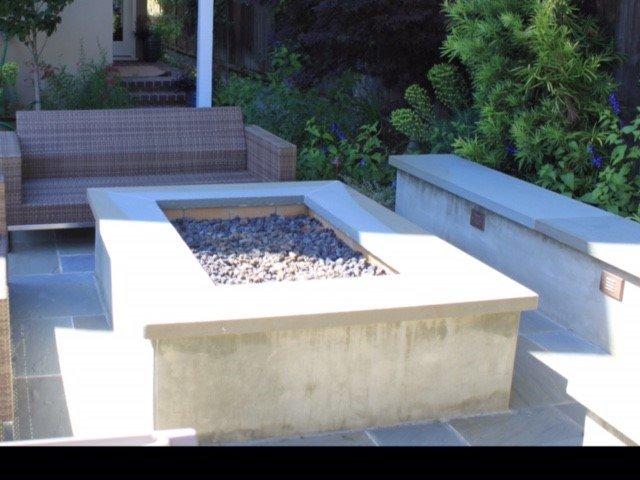 outdoor masonry fire pit