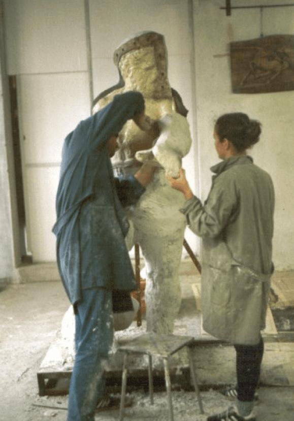 manutenzione statua